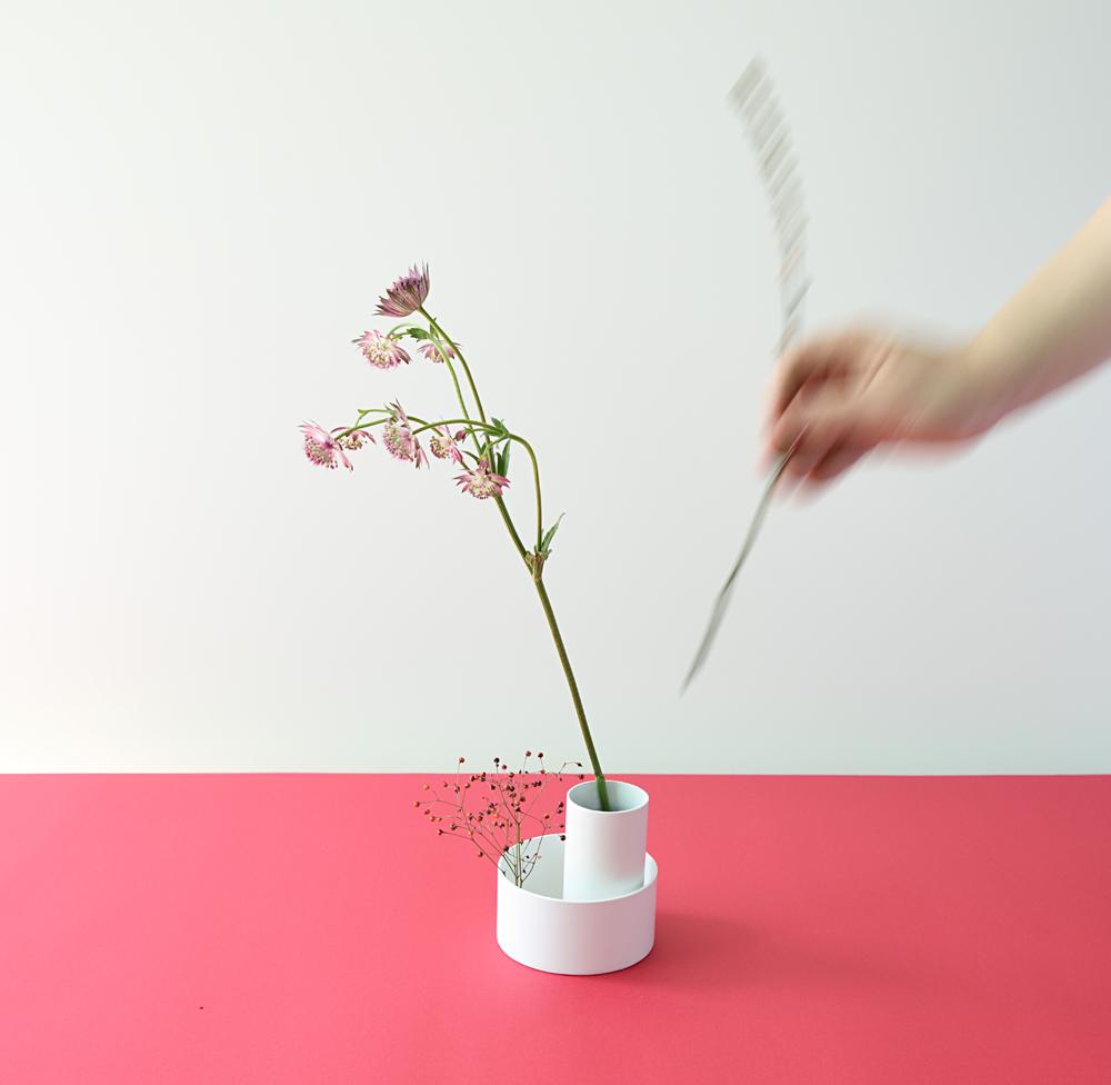 Container X Flower vase