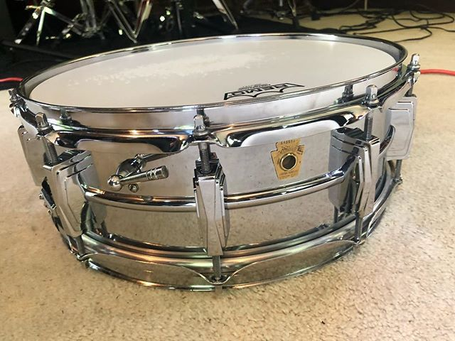 Recently purchased this absolute beauty that is a 1967 Ludwig 400 Suraphonic snare drum from the main man @joecoxdrums. Thank you so much! It sounds unreal.