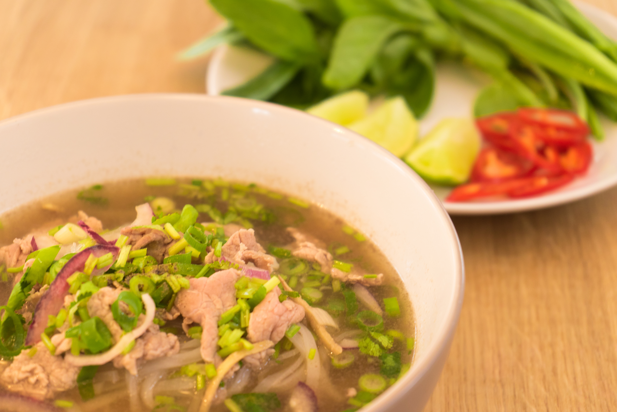 pho nam tiverton places to eat