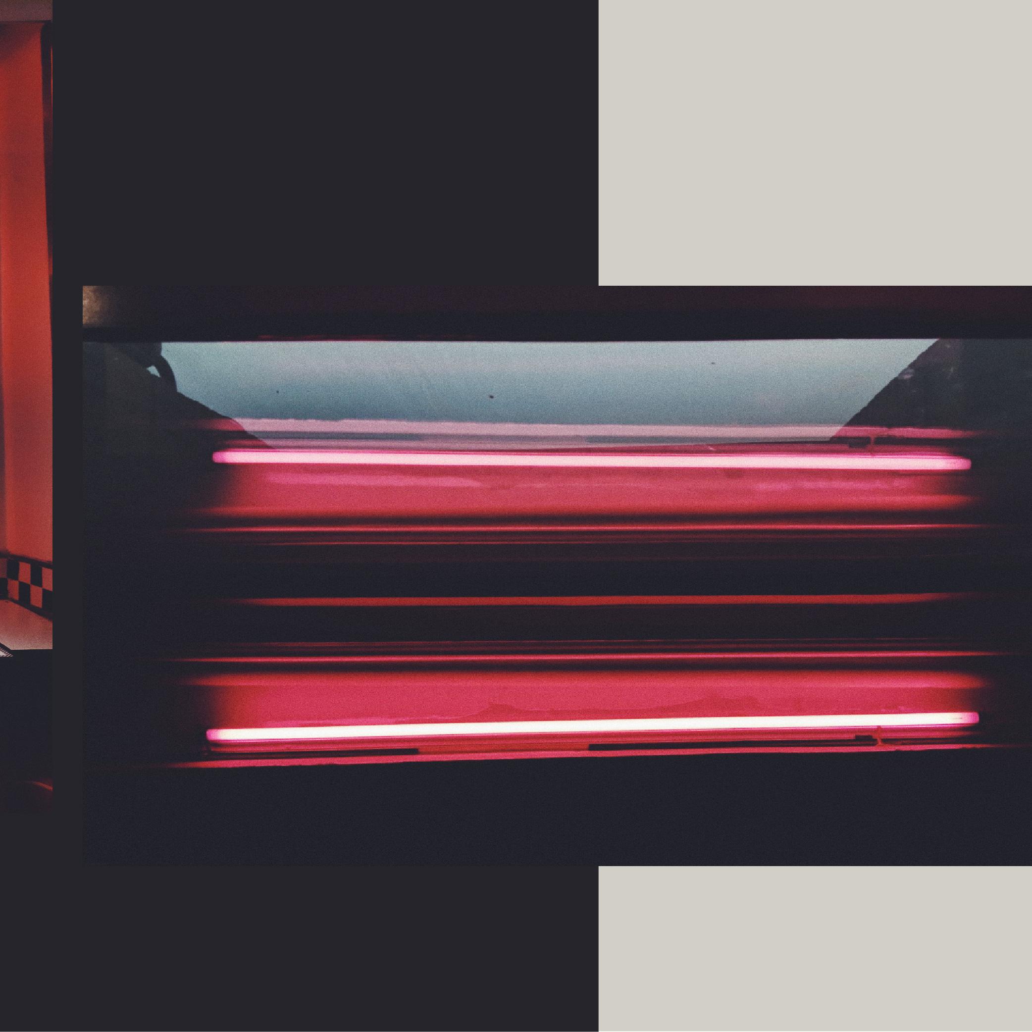DIVI_redlight-02.jpg