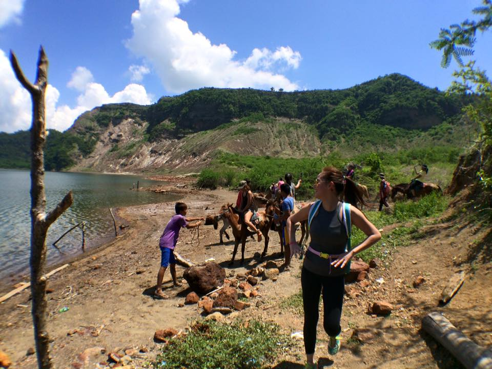 We made it! There's the Taal crater. She's a beaut!