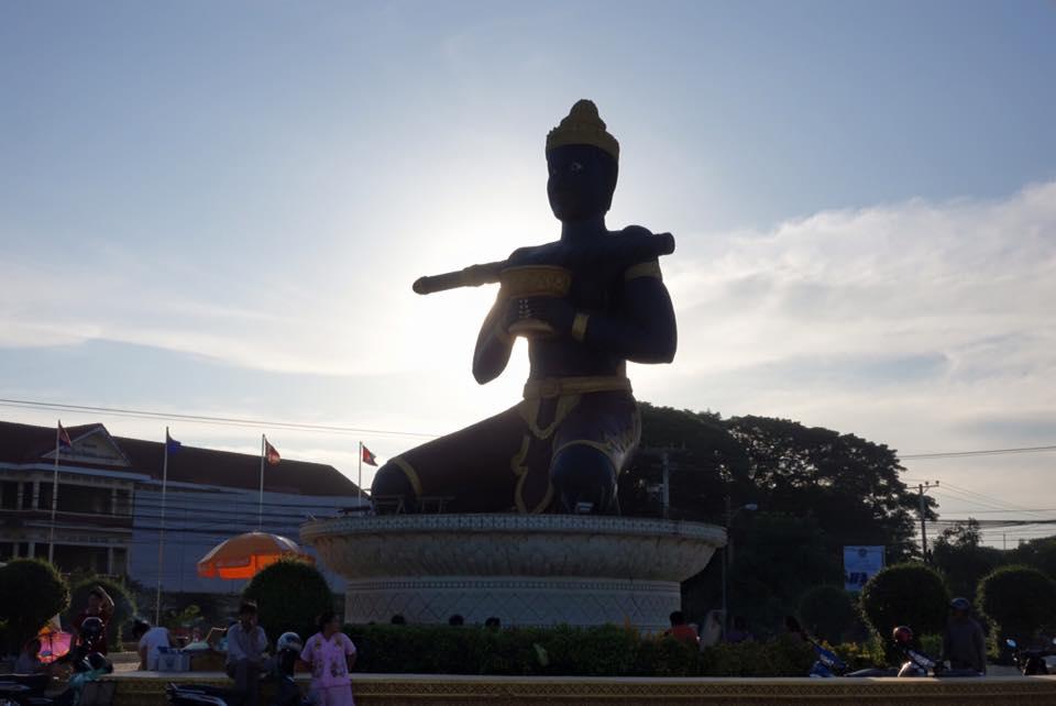Ta Dumbong statue, Battambang