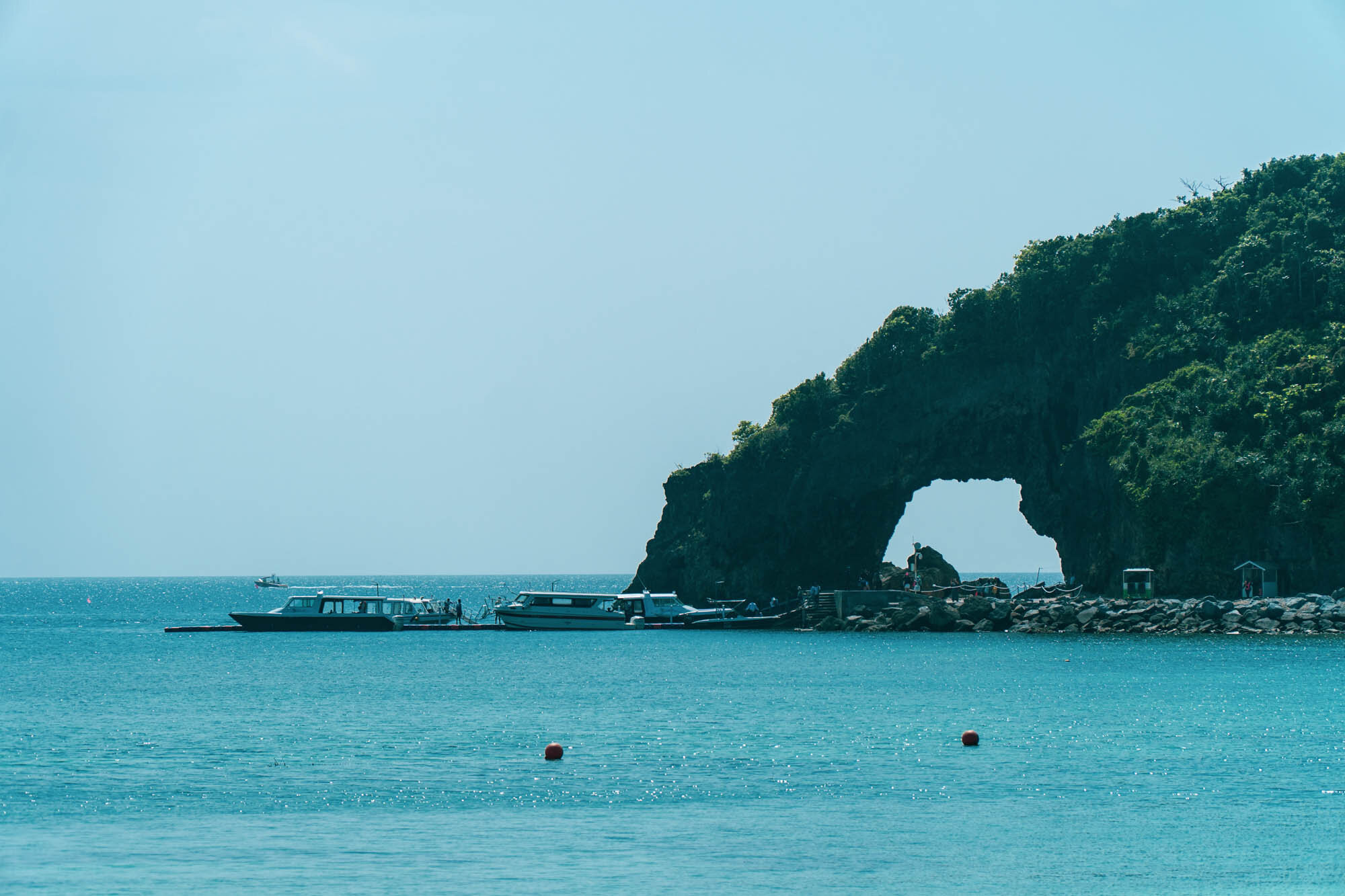 2019, Ilig-Iligan Beach accessed via Boracay Newcoast. This is usually overshadowed by the more popular White Beach so it's pretty quiet and serene, which could change soon once the development of Boracay Newcoast is in full swing. If you decide to go here, make sure to bring your aqua socks. Sand and water are as gorgeous as White Beach but there are rocks under the water which could hurt your feet.