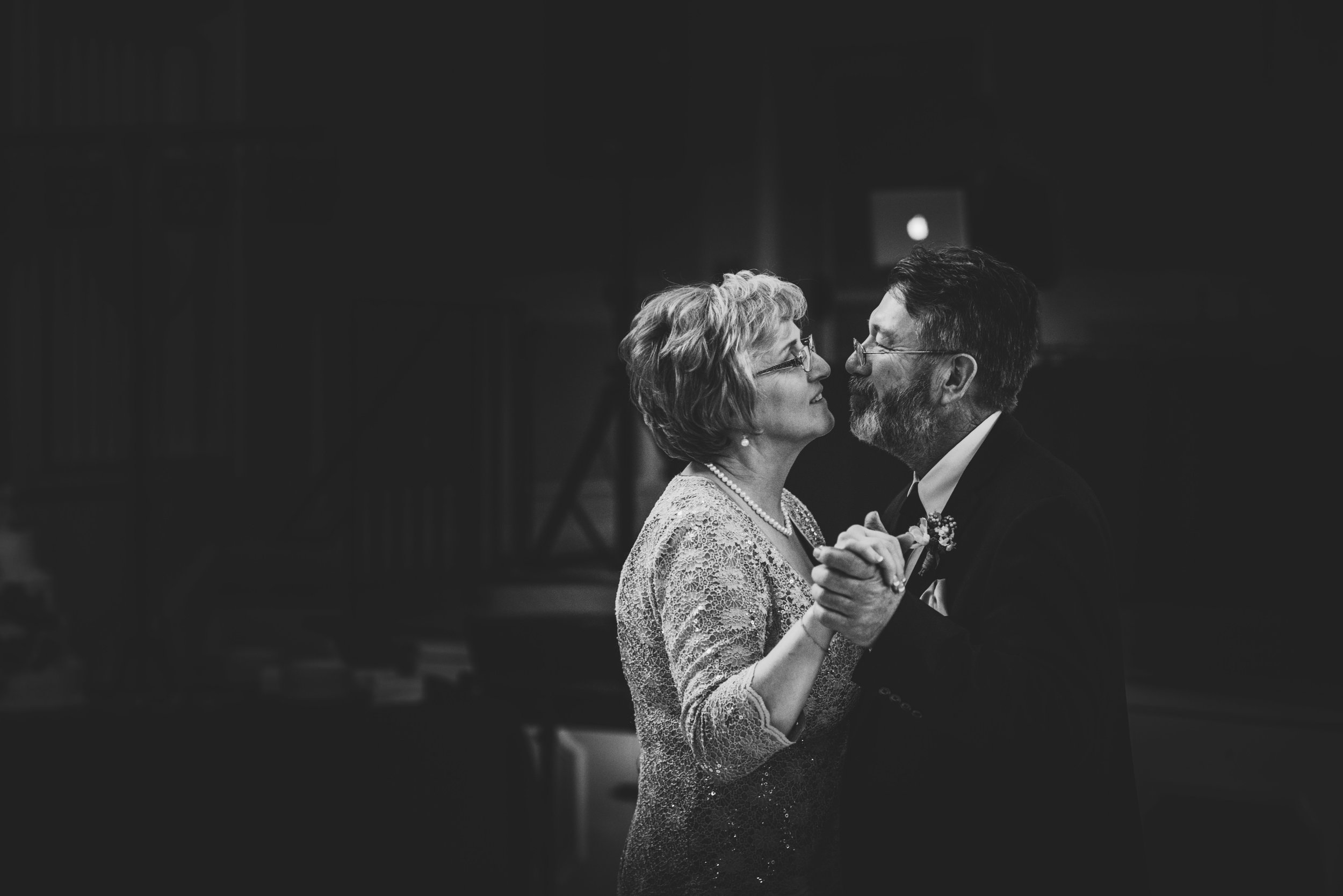 The Wedding of Emily and Thomas - Tell-A-Vision Films-7402-2.jpg