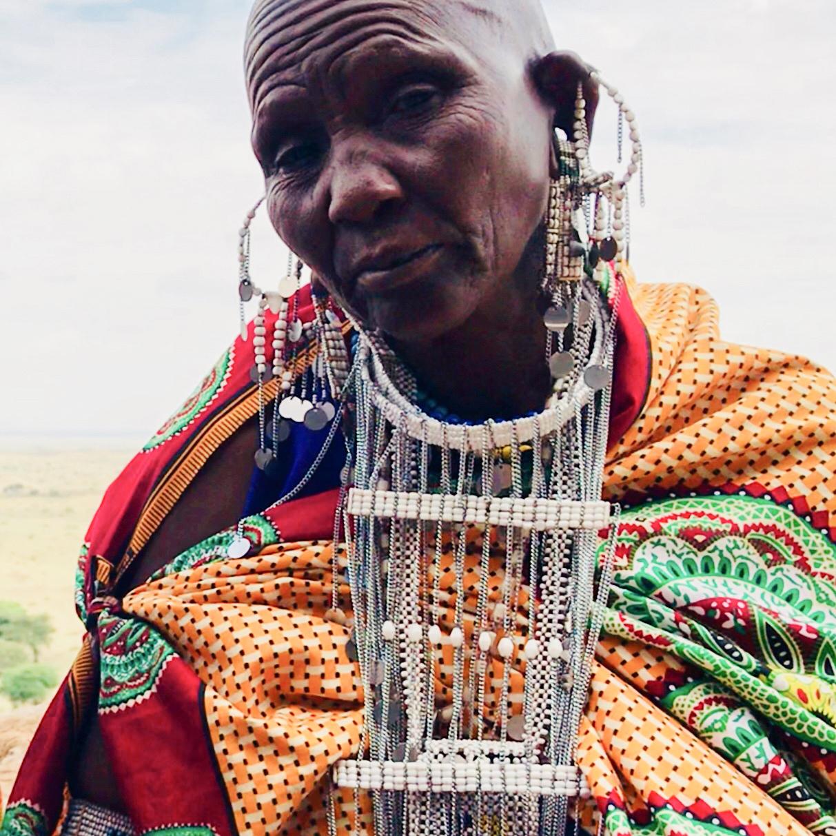 Salomé / Lekirumuni Village   Emusalaba necklace
