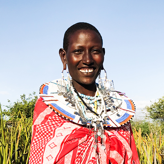 Martha / Madebe Village   Isambaini necklace