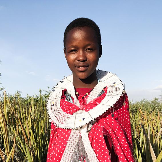 Meri / Madebe Village   Iture Lomatwana necklace