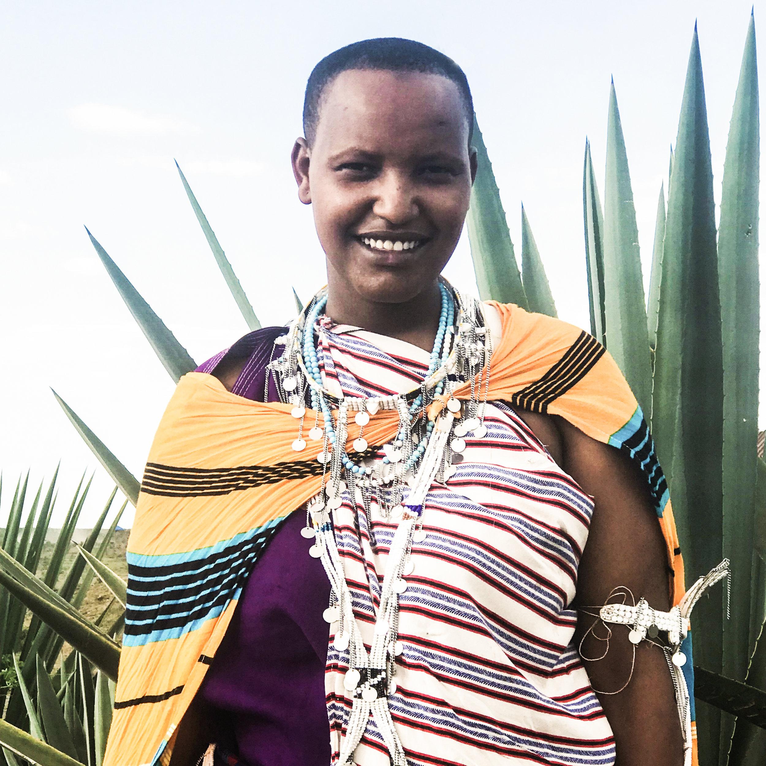 Tumaini / Ngabobo Village   Isuri choker / arm cuff