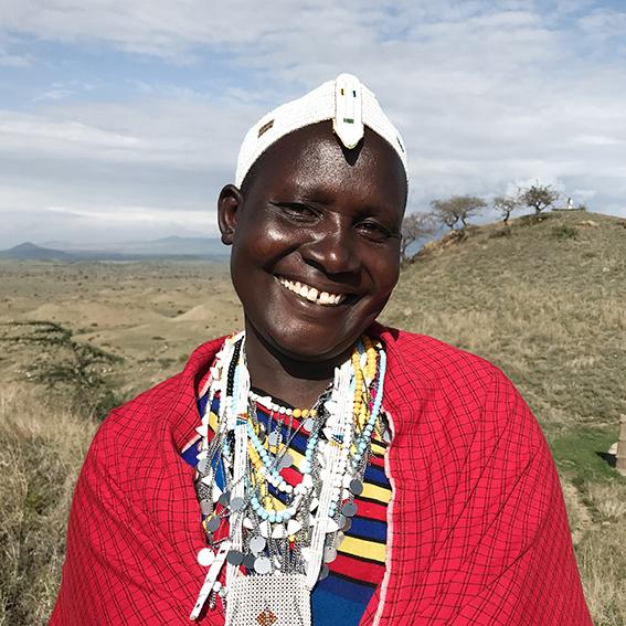 Grace / Ngabobo Village   Emusitai Elekunya head piece  &  Isambaini necklace