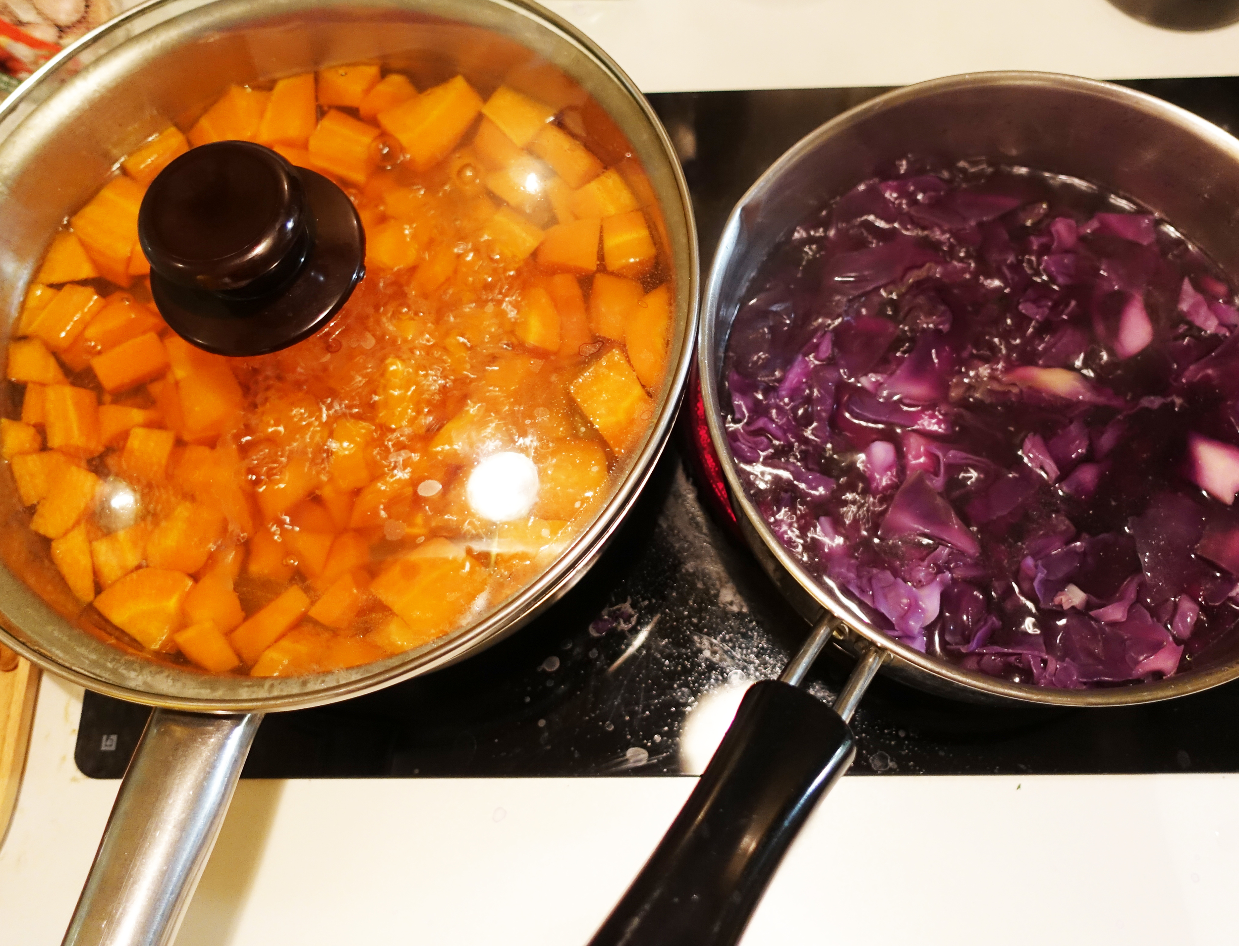 Cook the vegetables and extract color out of them