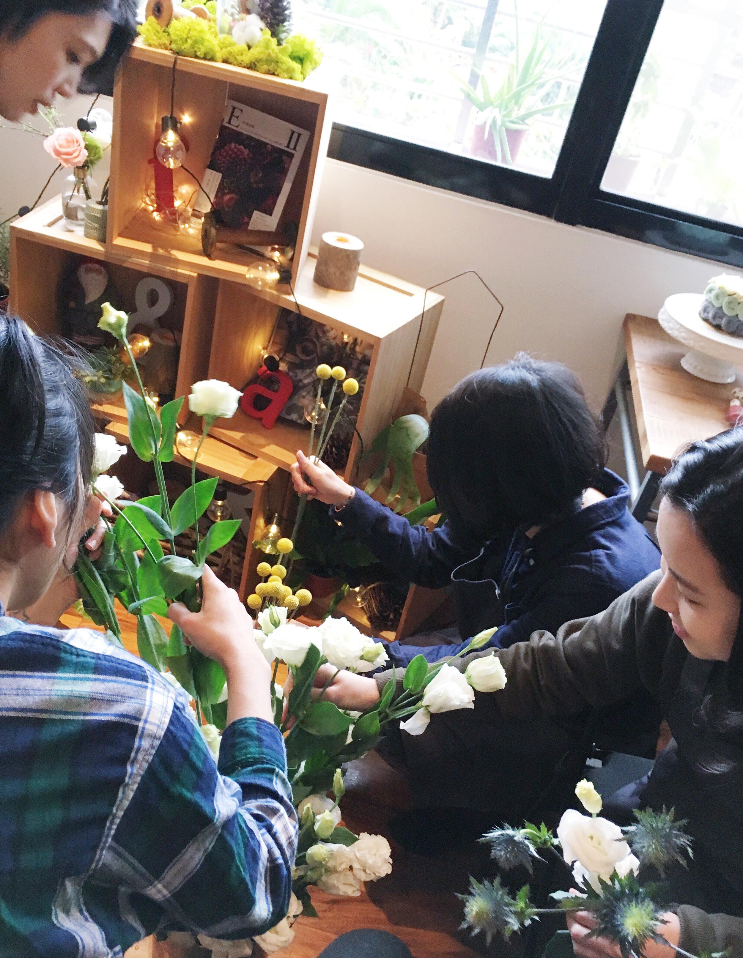 Teaching Valentine bouquet Workshop -