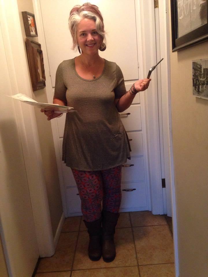 LuLaRoe Perfect Tee, size medium, $36;Tall & Curvy (TC) leggings, $25