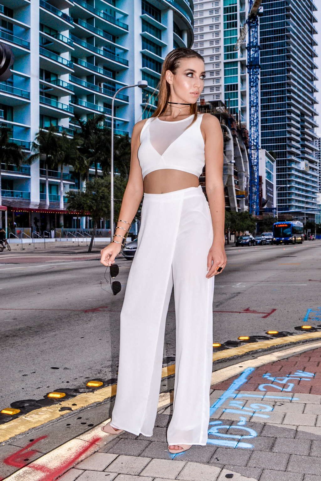 behind-the-scenes-style-link-miami-illy-perez-fashion-photography-10.jpg