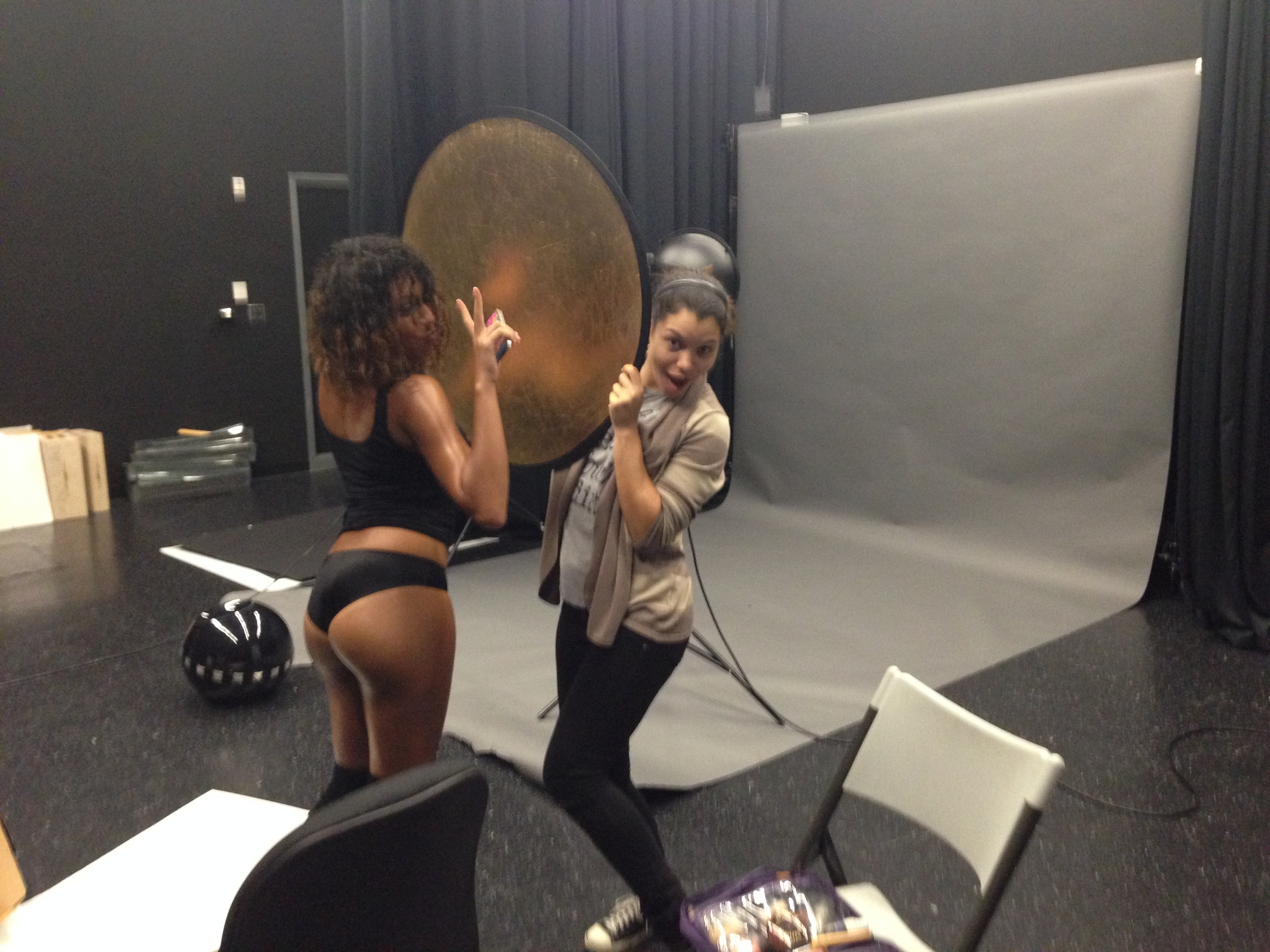 behind-the-scenes-FLASH-DANCE-fashion-photography-illy-perez18.jpg