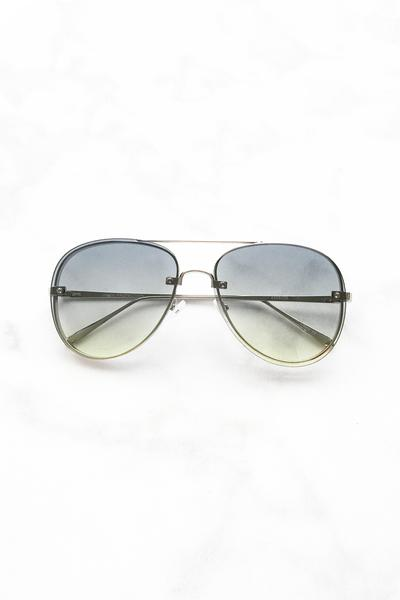 Green Two Toned Lens Aviator Sunglasses