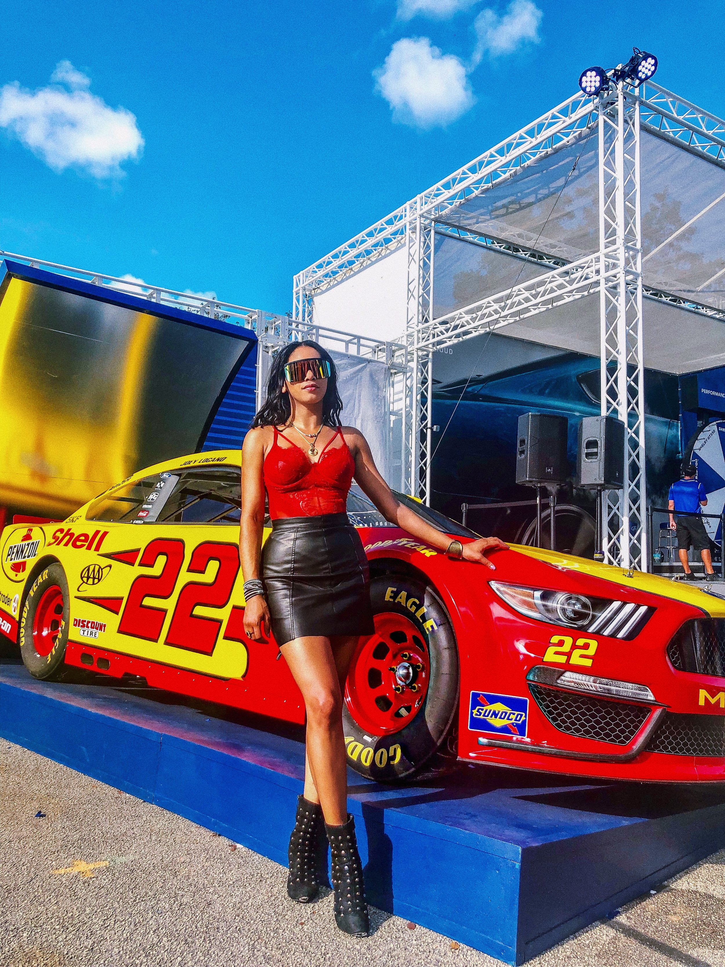 nascar-sexy-outfit-look-illy-perez-style-house-of-she-event-miami3.JPG