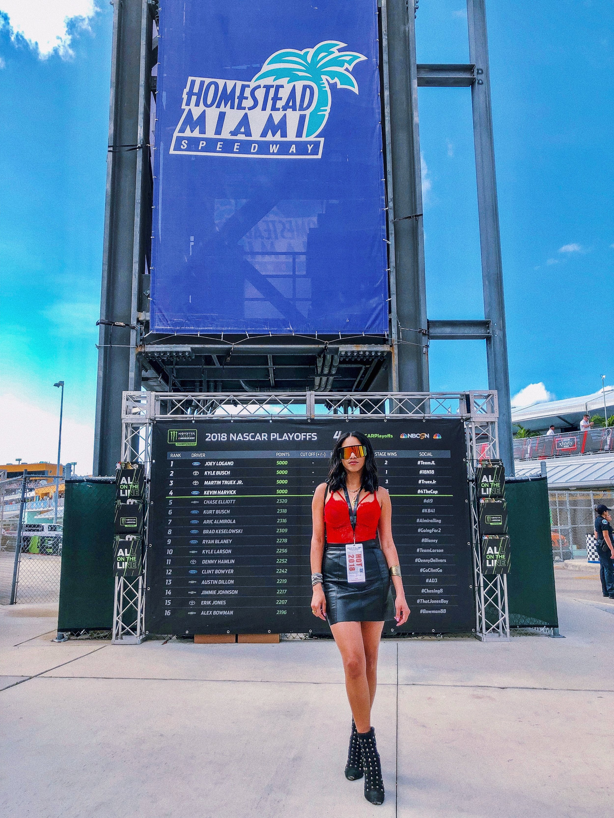 nascar-sexy-outfit-look-illy-perez-style-house-of-she-event-miami0.JPG