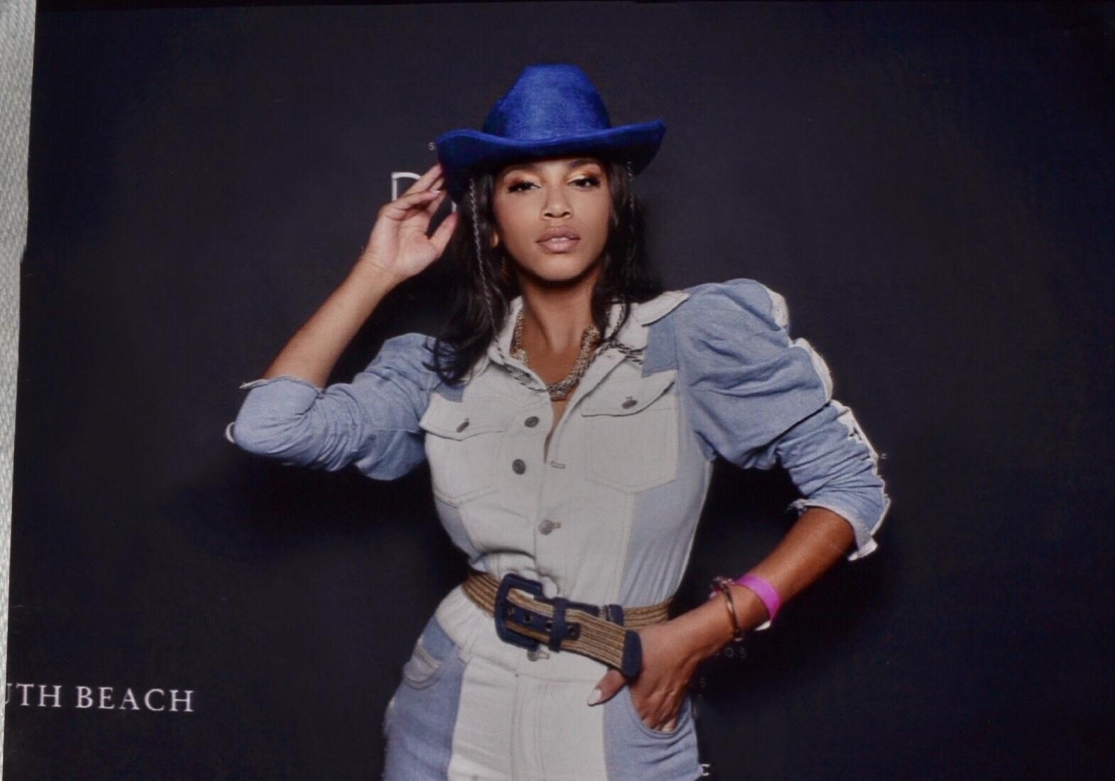 denim-power-sleeve-jumpsuit-giti-online-illy-perez-house-of-she-fashion-photography-lifestyle-blog