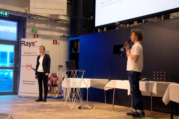 Anna Broms och Isak Nilsson berättar om Rays.