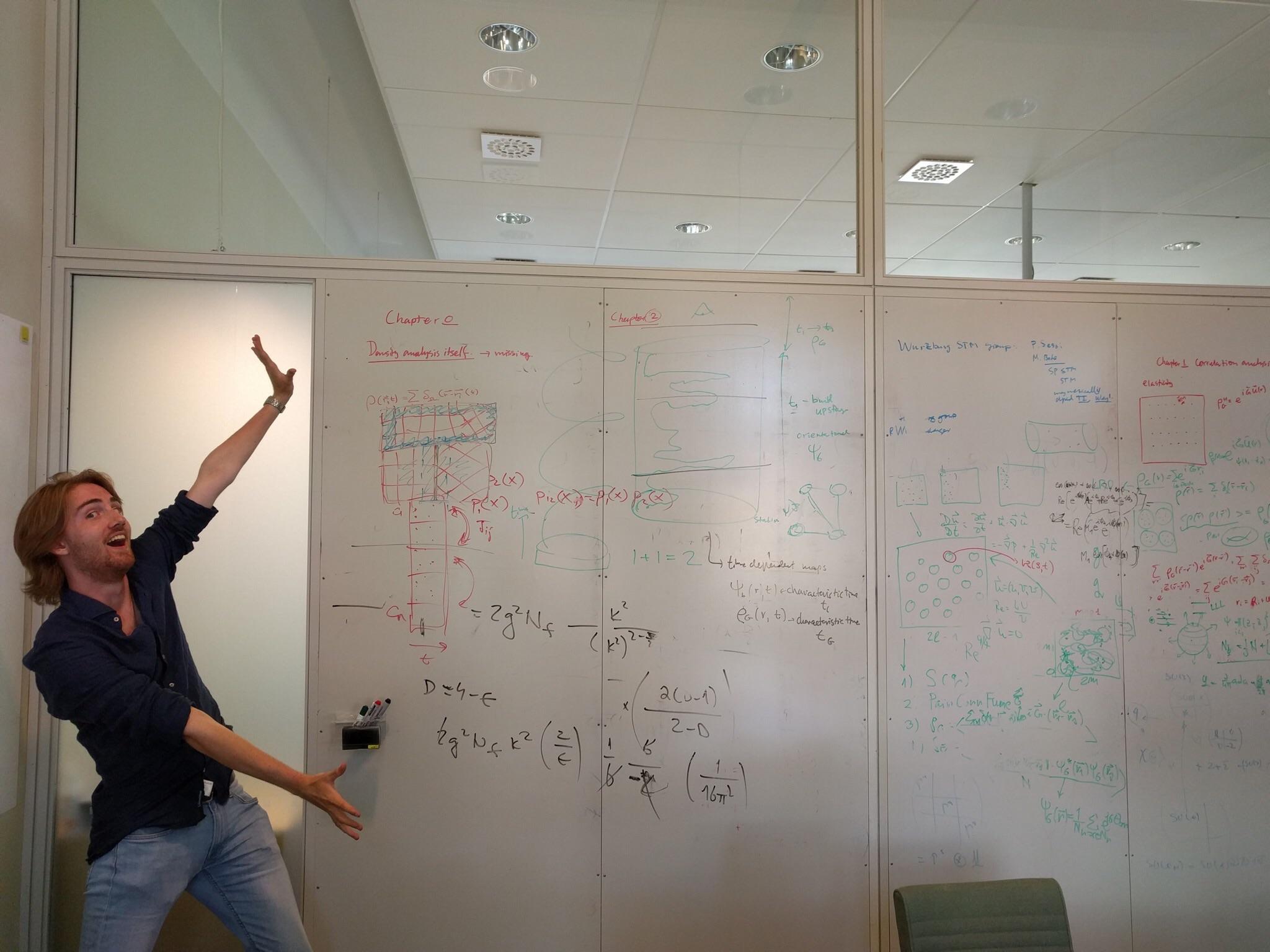 Jacob Kuhlin är peppad på sitt projekt inom exprimentell matematik som han genomför på Nordita tillsammans med Samuel Selleck.