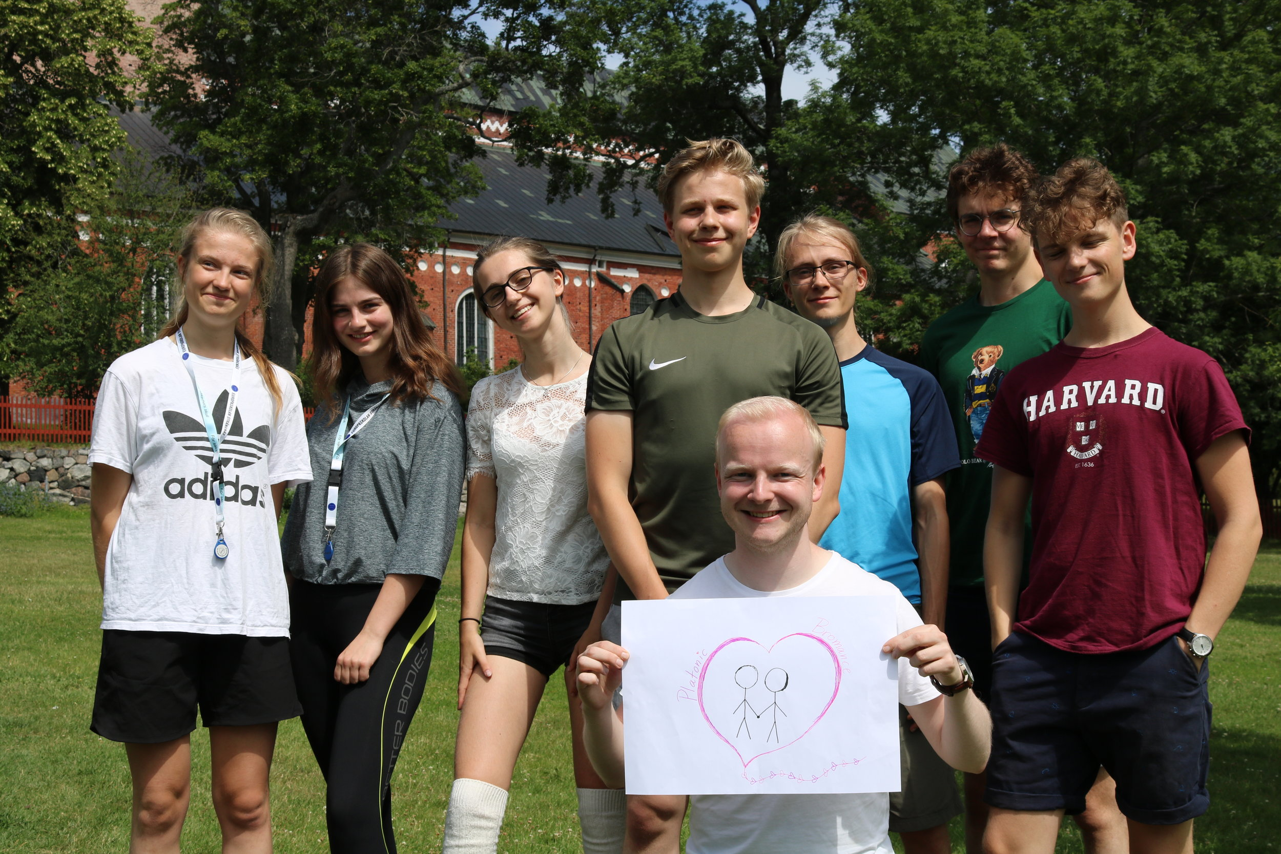 Julia, författare av blogginlägget, och hennes handledargrupp Bromance under Rays Olympics