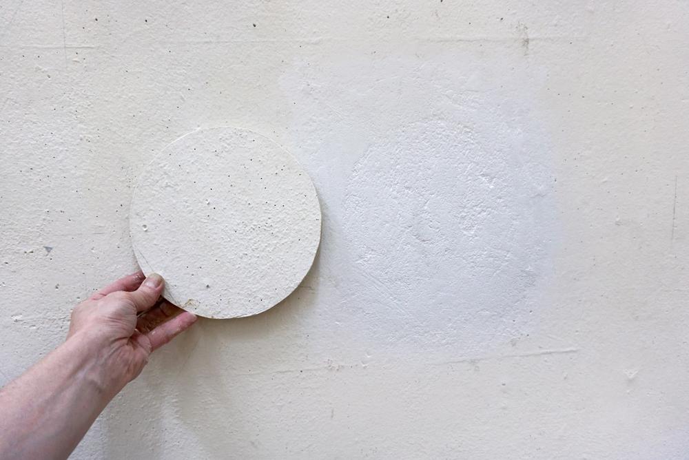12. WALL-DISK-HELSINKI_plaster2_ADJ_FINAL_1000pxl.jpg
