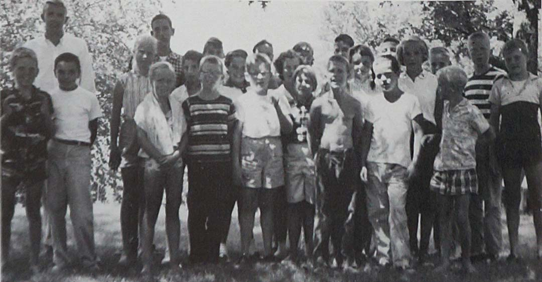 Sailing School class in 1957 taught by Les Aspin
