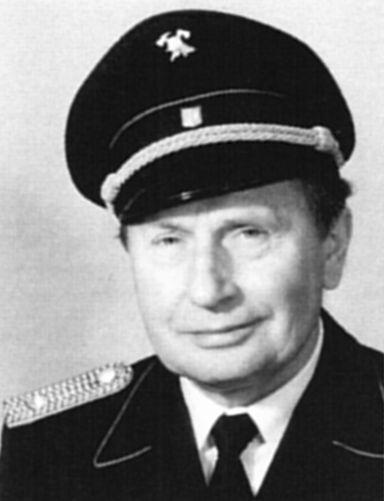 Carl Schumacher (†)
