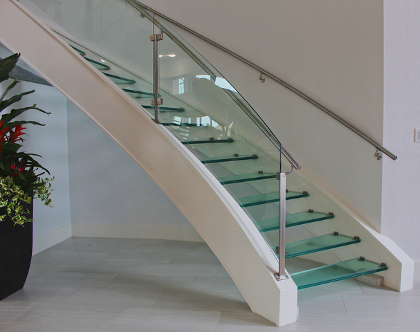 GLASS RAILING -