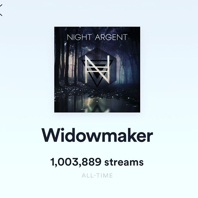 Widowmaker just hit 1m plays on #Spotify! Dreamcatcher is catching up fast though! Which do you think will be first to hit 2m?! 🥳 #babyallgrownup #widowmaker #overwatch #themesong #dreamcatcher #middlechildproblems