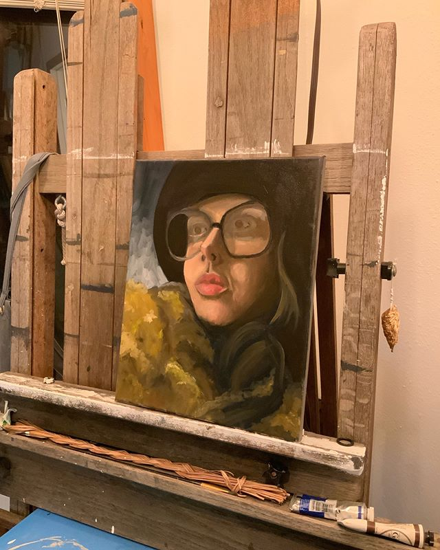 Day one done on my first attempt of oil portraits... can you guys guess which one of my friends I'm paining? #oilpainting #fridayharbor #sanjuanislands #portraitpainting #sanjuanislandartist