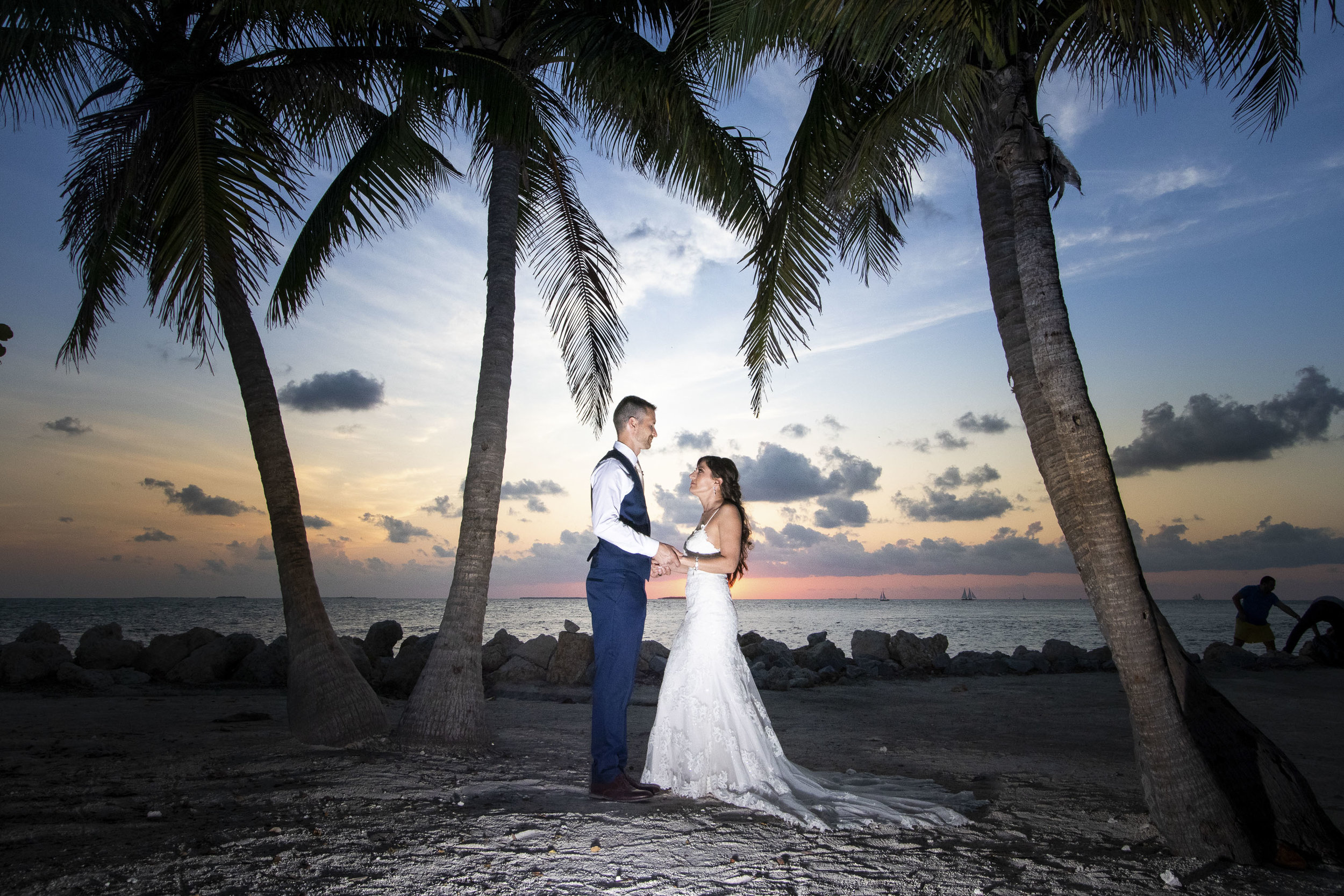 Sunset wedding photo at Fort Zachary Taylor State Park