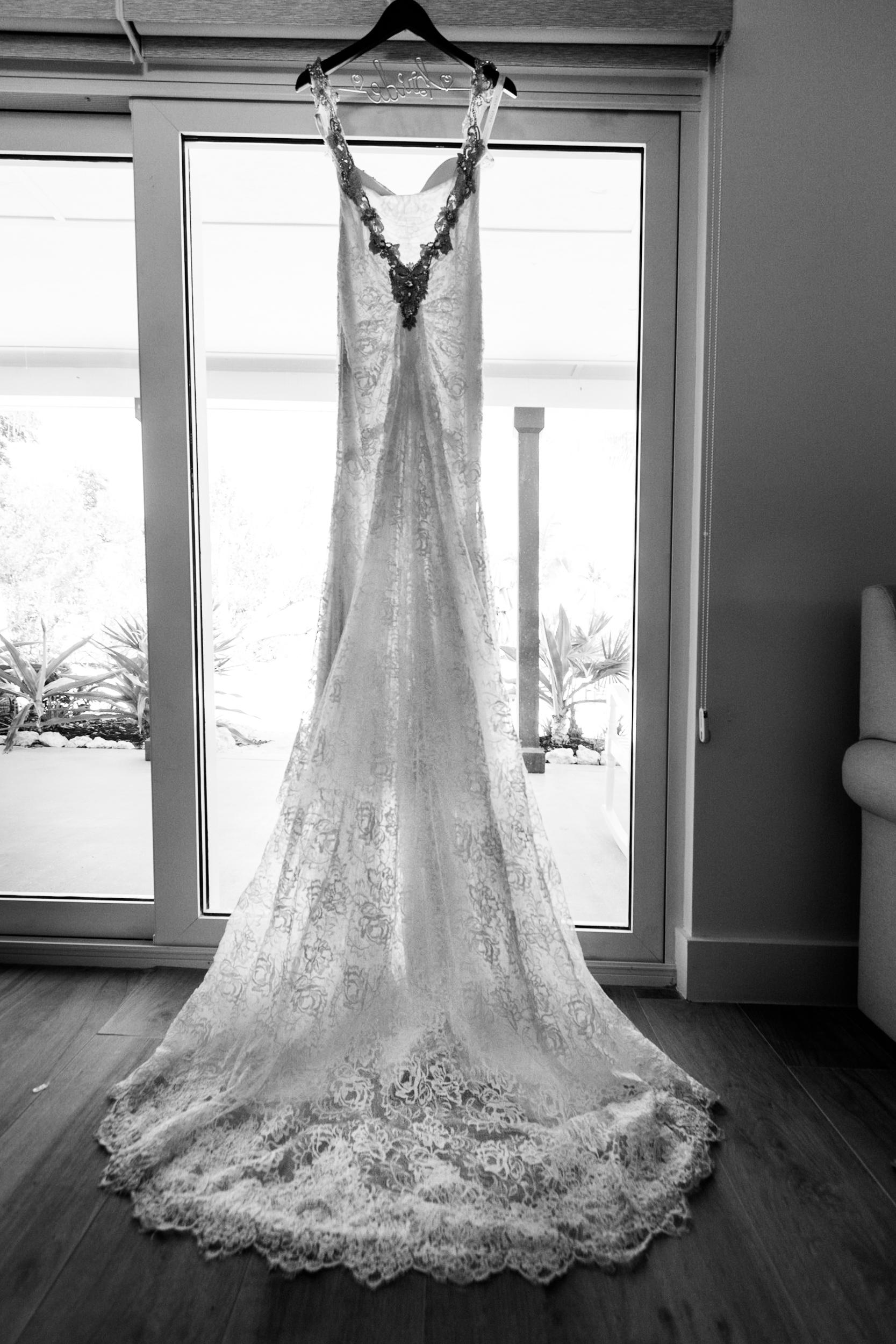Wedding dress black and white.jpg