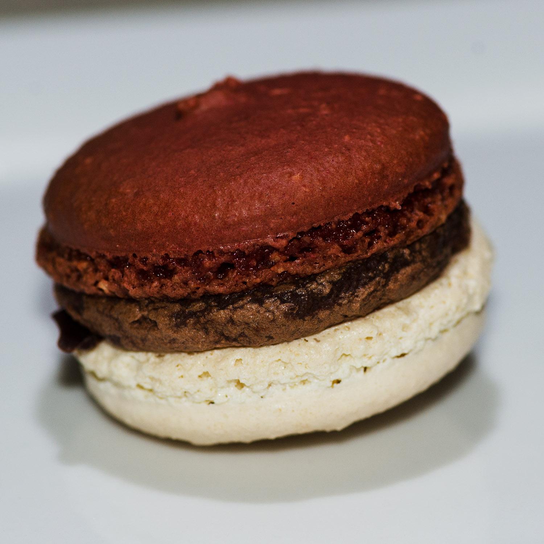 A surprise flavor based on a exclusive single-origin Valrhona chocolate