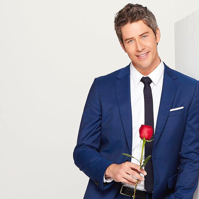 The Rose Before Bros Pod returns to the Reel World #podcast channel with hot takes on the new season of #TheBachelor - listen on iTunes! (link in bio) photo: ABC Network . . . #audio #comedy #entertainment #listen #romance #dating #love #relationships #Arie #BachelorNation #Bachelor #rose #roses #bros #pod #reelworld #rosebeforebros #funny