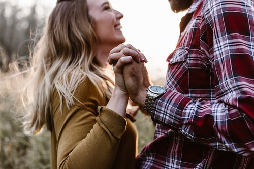 """<p><strong>EP 015</strong>PRIORITIZING DATE NIGHT NO MATTER THE SEASON YOU'RE IN - WITH BRIAN CASAZZA<a href=""""/shownotes/015"""">More →</a></p>"""