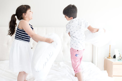 """<p><strong>EP 032</strong>KIDS WHO REBEL VS. KIDS WHO DON'T REBEL - WITH REBECCA LINDENBACH<a href=""""/shownotes/032"""">More →</a></p>"""