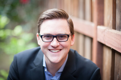 """<p><strong>EP 079</strong>ESSENTIALISM: THE KEY TO A LIFE LIVED ON PURPOSE - WITH GREG MCKEOWN<a href=""""/shownotes/079"""">More →</a></p>"""