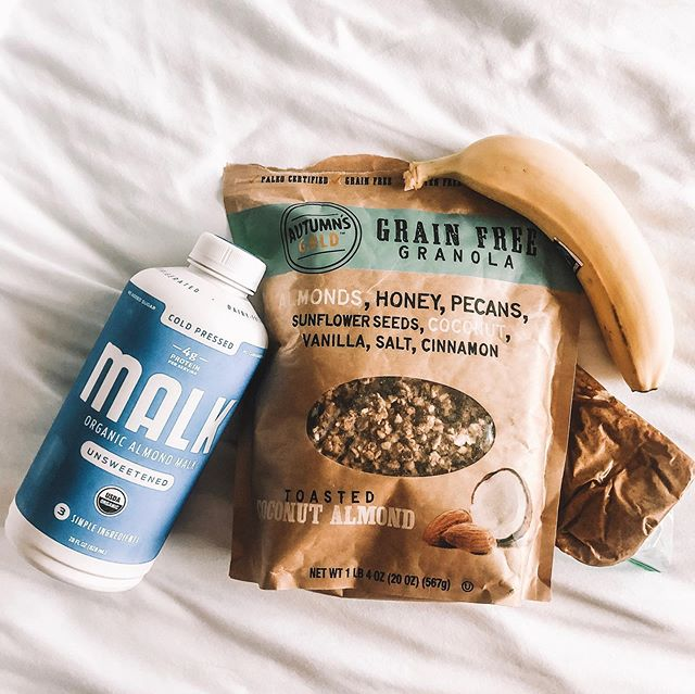 Eating a super clean, paleo diet on-the-go might not be easy, but it's doable like anything else if you make it nonnegotiable (or in my case... my body made it nonnegotiable for me 😂). . This is my favorite travel breakfast. Brian and I stop at whatever local health food store we can find and pick up fresh almond milk (@malkorganics is the only brand we find in most health stores that doesn't add anything but almonds and water - not sponsored, you know I don't play that game) and bananas, the almond butter and paleo granola is brought from home. . We mix it all together in a cup and that fuels me for my morning! It's so good, sometimes I crave it at home and have it there too :) . I hope this helps someone who needed it ✌🏼