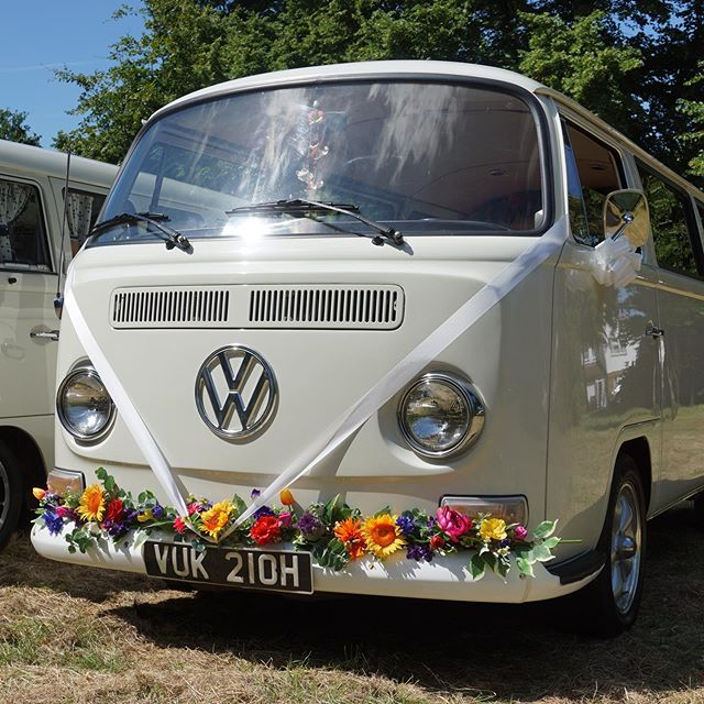 Jimi is our new camper photo booth! Available to hire for weddings and parties in the South East. #camperbooth #photobooth #kentphotobooth #essexphotobooth #londonphotobooth #surreyphotobooth #campervan #partyinspo pixwagen.com