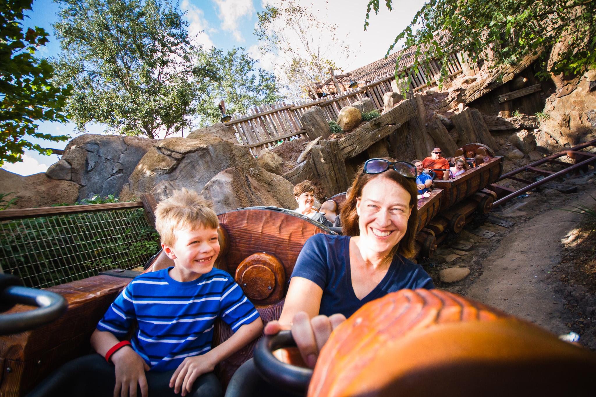 magic kingdom photographer / disney vacation photographer / seven dwarfs mine train
