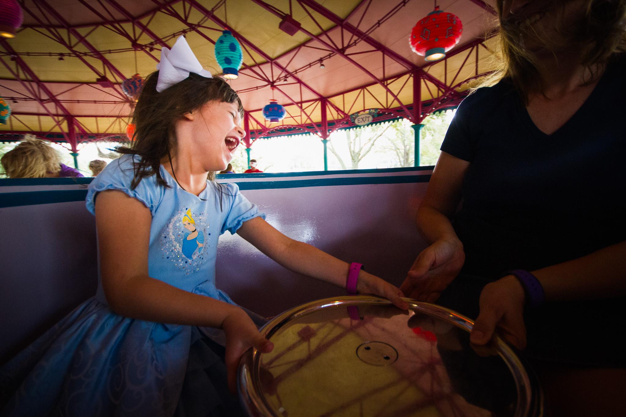 magic kingdom photographer / disney vacation photographer / mad tea party