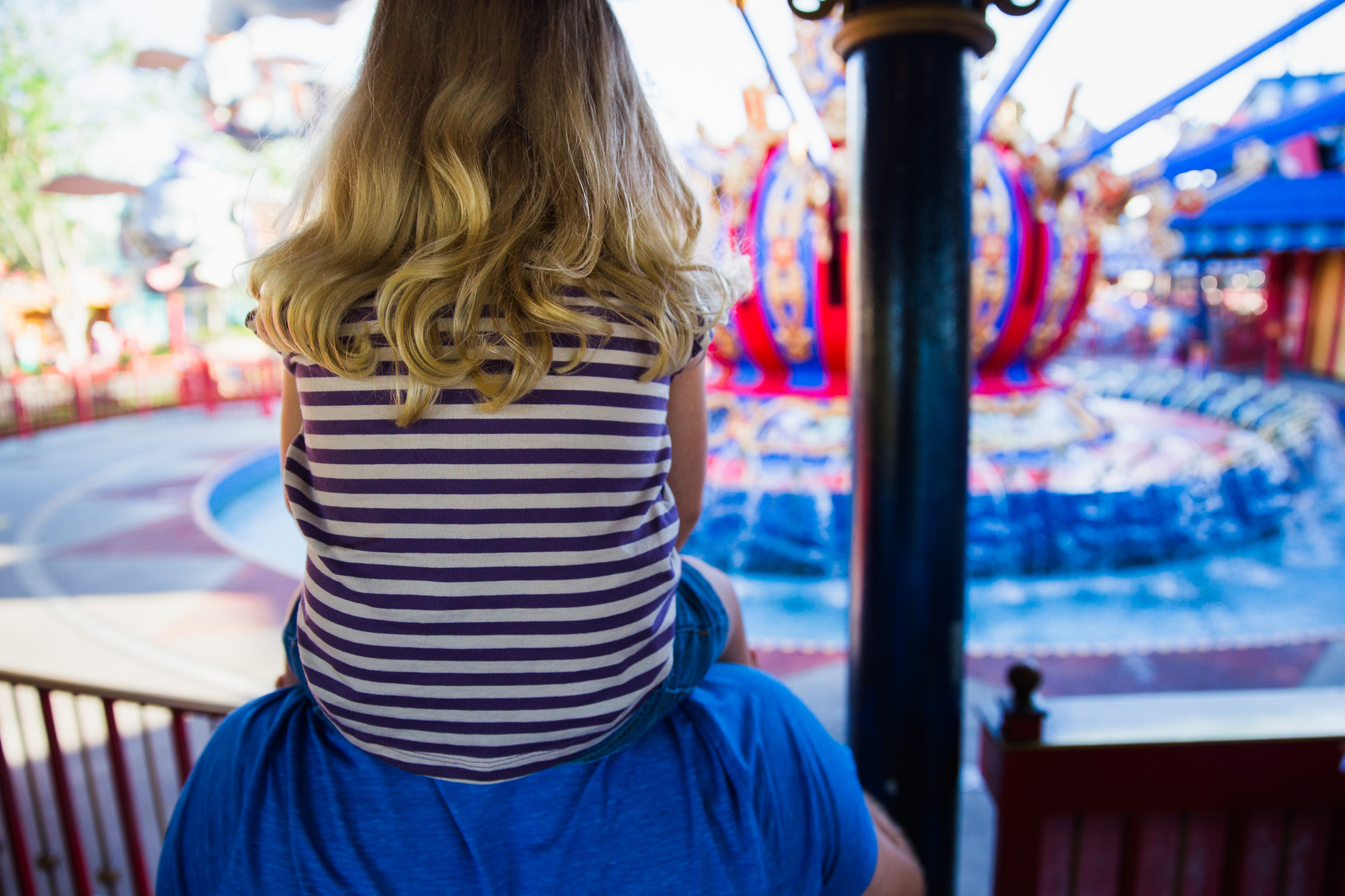 magic kingdom photographer / documentary family photographer / orlando vacation photographer