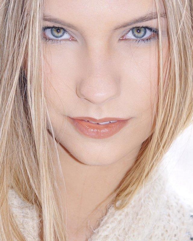 Caitlyn4.jpg