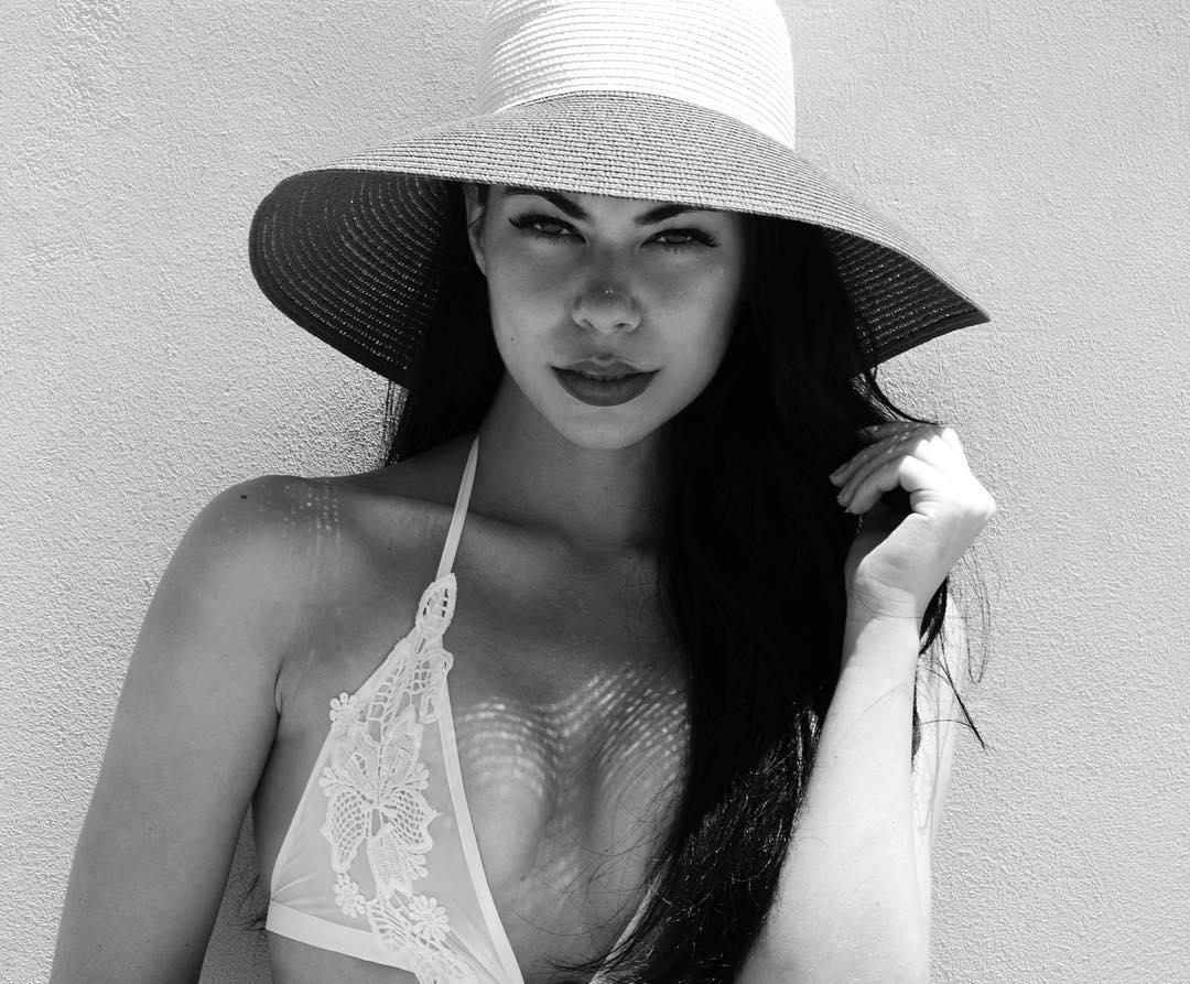 Angelina2.jpg