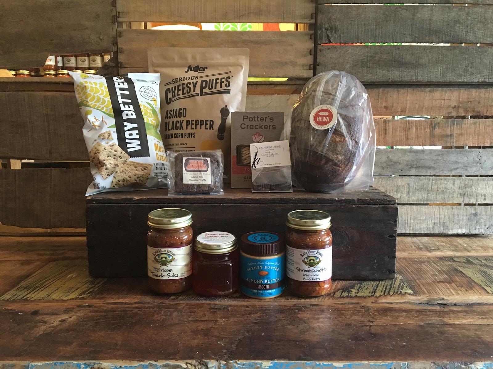 River Valley Snack Box (medium)