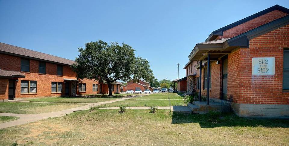 Cavile Place is one of two remaining low-income public housing complexes. Plans call for its residents to be in new units by the of 2018 and the World War II-era buildings torn down. Max Faulkner Star-Telegram archives
