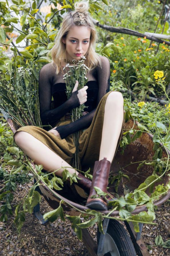 gardengirl12.PNG