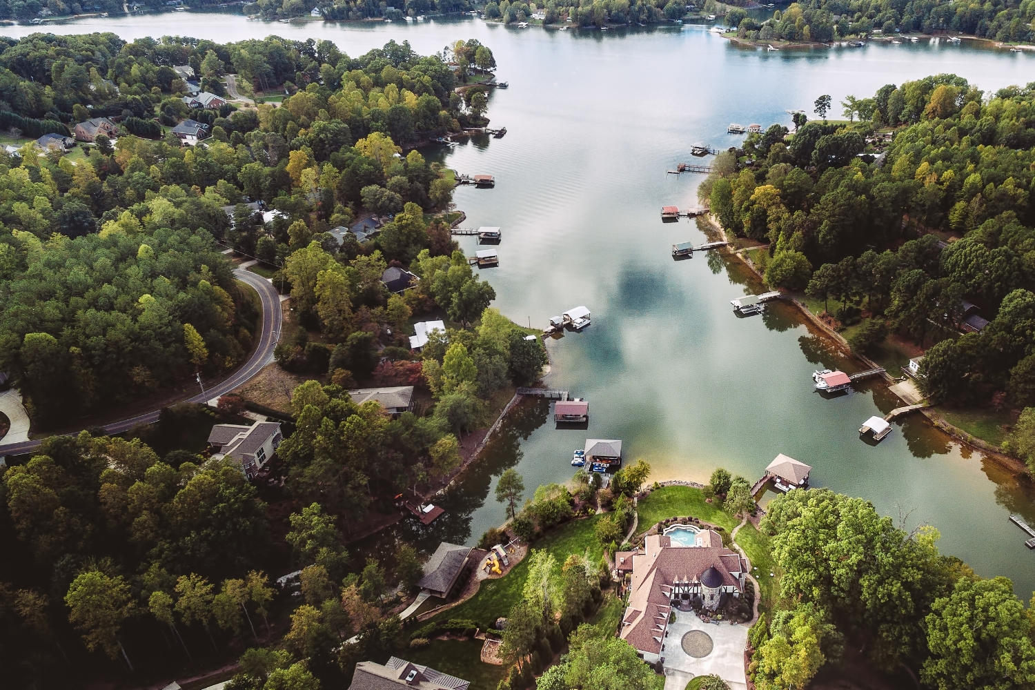 aerial photography at the lake