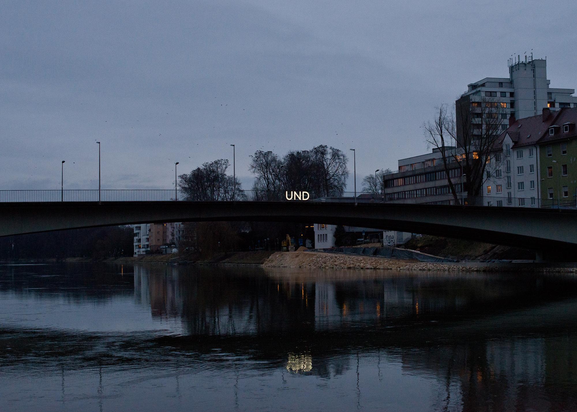 UND_004.jpg